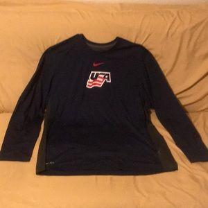 EUC Nike Long Sleeved Men's USA Hockey Tee